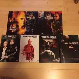 The Shield complete series (missing disc 2 to season 4) for Sale in Somerset, NJ
