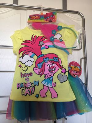 Trolls 3-piece girls size 4T set for Sale in Miramar, FL