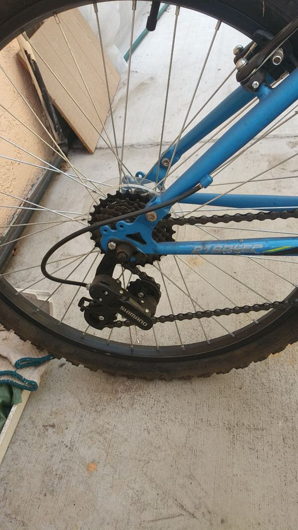 Mongoose bedlam mountain bike 21 speed