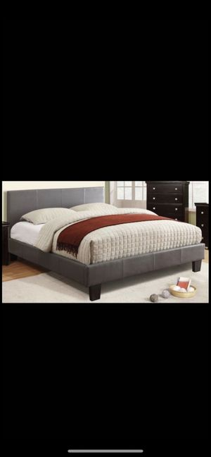 Queen grey platform bed frame with mattress (free delivery) for Sale in Dallas, TX