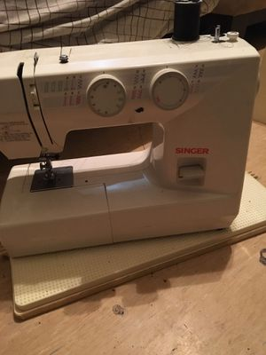 sewing machine Brand new for Sale in Brooklyn, NY