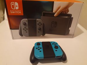 Brand new unopened modded Nintendo switch with 2000 switch games 15,000 old school games 256gigs of memory extra controller for Sale in Peoria, AZ