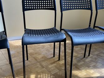 Black Chairs for Sale in Brooklyn,  NY