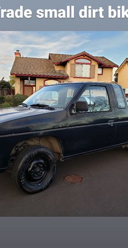 Trade Nissan Pick Up Smog Done No Problems No Leaks 306,345 Miles Runs Great for Sale in Hayward,  CA