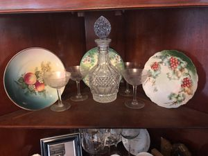 Decanter,Glasses, Plates collectibles for Sale in Lincolnwood, IL