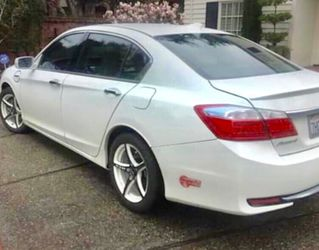 2014 HONDA ACCORD HYBRID PLUG-IN Runs perfect! 97k Miles I have owned the car for 4 years and hardly drove it. Included are the Rims you see in the for Sale in Los Altos,  CA