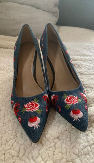 Size 8 Denim Embroidered Floral Heel by Gunmetal for Sale in Belmont, MA