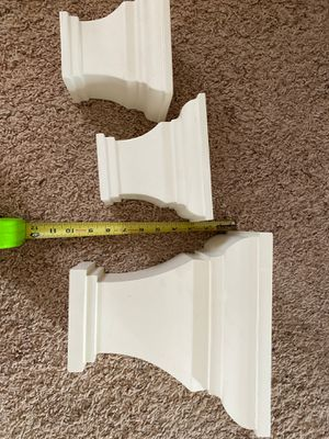 Pottery barn set of 3 white small wall shelves. Pick up only! for Sale in Katy, TX