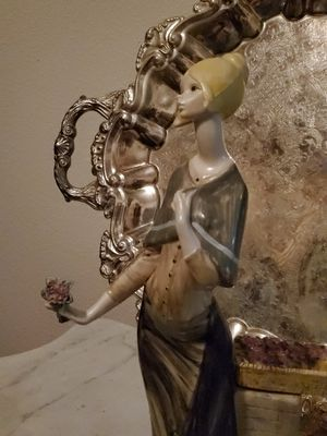 Beautiful Resin Statue from Italy..Collectible for Sale in Ocala, FL