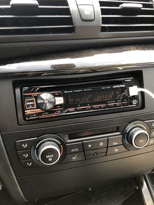 Alpine CDE-175BT car Stereo deck for Sale in Bellevue, WA