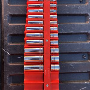 Snap On 3/8 Drive Sockets 8-19 MM for Sale in Largo, FL