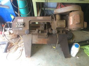 Packard precision horizontal bandsaw needs wheel to tighten the clamp runs good new blade for Sale in Durham, NC