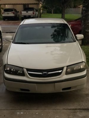 Chevy impala 2004 for Sale in Miami, FL