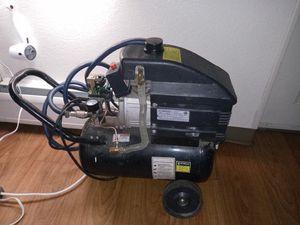 Central Pnumatic 8 gallon Air Compressor for Sale in Denver, CO