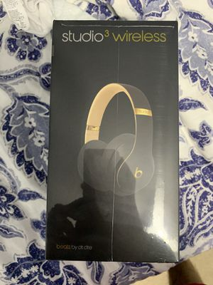 Beats studio 3 wireless new sealed retail is $349 for Sale in SUNNY ISL BCH, FL