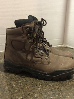 Women's Brown Leather Hiking Boots Size 7.5 for Sale in Manassas,  VA