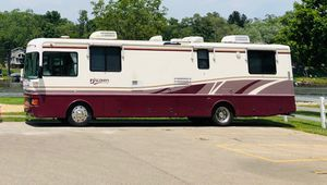 1998 Fleetwood Discover 37ft Motorhome for Sale in Barrington, IL