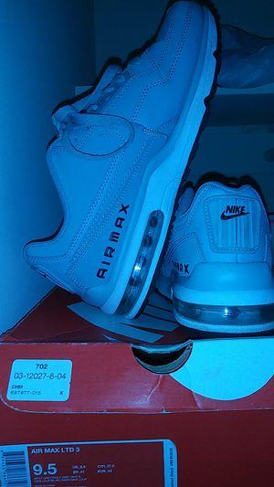 Nike Airmax 9.5 for Sale in Fairfax, VA