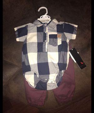 Trajecito de Niño for Sale in Houston, TX