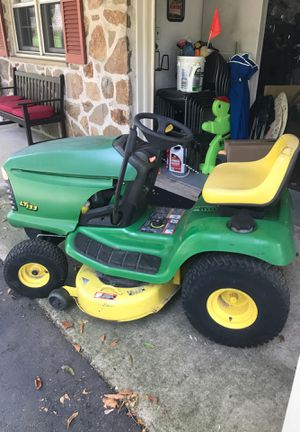 Lt133 John Deere lawn tractor on good shape for its age! Runs great just serviced! Ready to mow! Has factory mulching kit ! for Sale in Philadelphia, PA