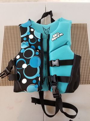 Kids Life vest 30-50 lbs. for Sale in Woodbridge, VA