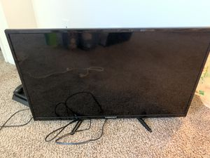 """32"""" LED 720p TV for Sale in Carbondale, IL"""