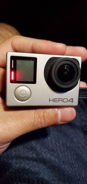 GoPro Hero 4 for Sale in Chicago, IL