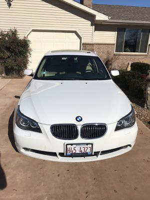 2007 bmw 530xi for Sale in Chicago, IL