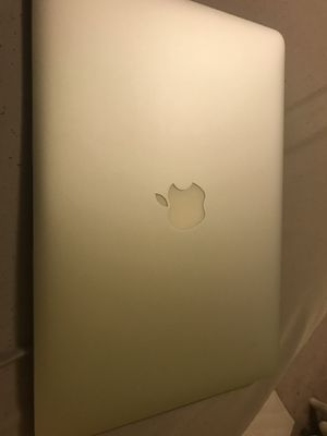 MacBook Air - Early 2015 4 GB RAM, 128 GB SSD for Sale in New Britain, CT