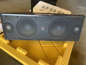 Beats by Dre speaker has aux cord to plug in for Sale in San Luis Obispo, CA