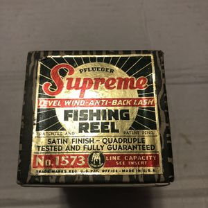 Pflueger Supreme Fishing Reel for Sale in Aurora, IL