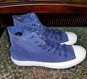 New blue suede converse size 6.5 Waterproof for Sale in Dallas, TX