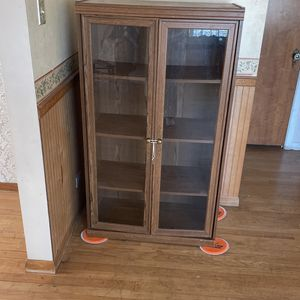 Glass door cabinet for Sale in Chicago, IL