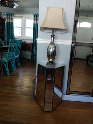 Mirror side/end table for Sale in Laurel, MD
