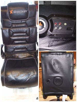 Gaming chair with speakers ... Very nice for gamers 😊 for Sale in Chapel Hill, NC