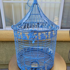 Beautiful Bird Cage for Sale in North Las Vegas, NV