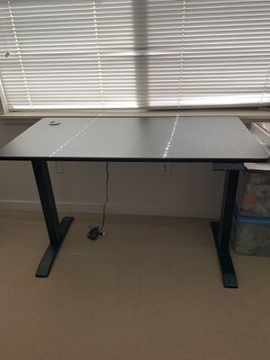 Electric standing desk for Sale in San Francisco, CA