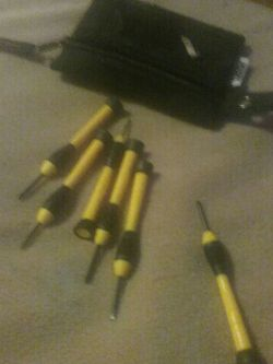 6 Precision Screwdrivers With Case for Sale in Puyallup,  WA