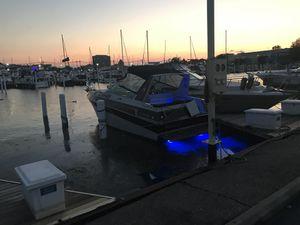 Boat cabin cruiser 26' for Sale in Oak Park, MI