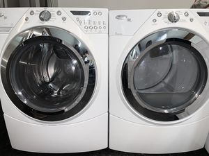 Whirlpool Duet Washer and Dryer for Sale in Kent, WA