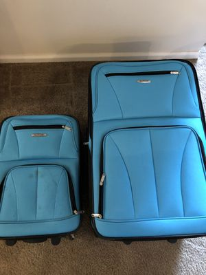 Rockland suitcases for Sale in Tacoma, WA