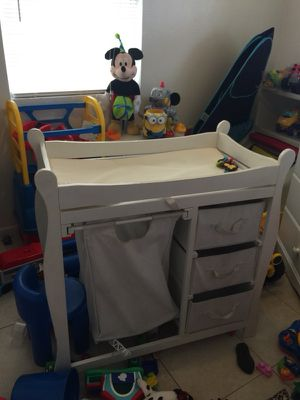 Changing table for Sale in Ruskin, FL