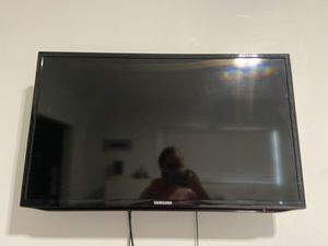Samsung smart tv for Sale in North Miami Beach, FL