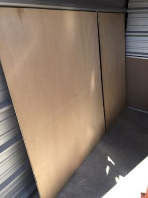 Queen size foundation (instead box springs) for Sale in Purcellville, VA