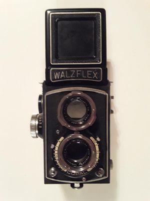 Antique Walz WalzFlex Camera with Leather Case for Sale in Pembroke Park, FL