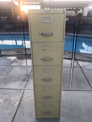 5 Drawer Vertical Filing Cabinet for Sale in Chino, CA