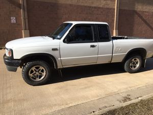 94 Mazda b4000 4x4 5 speed for Sale in Mentor, OH