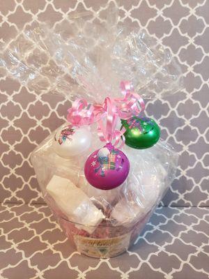 Trolls Bathbomb Gift Basket for Sale in Huntersville, NC