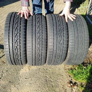 Full Set Hankook 215/45R18 Studless Snow for Sale in Olympia, WA