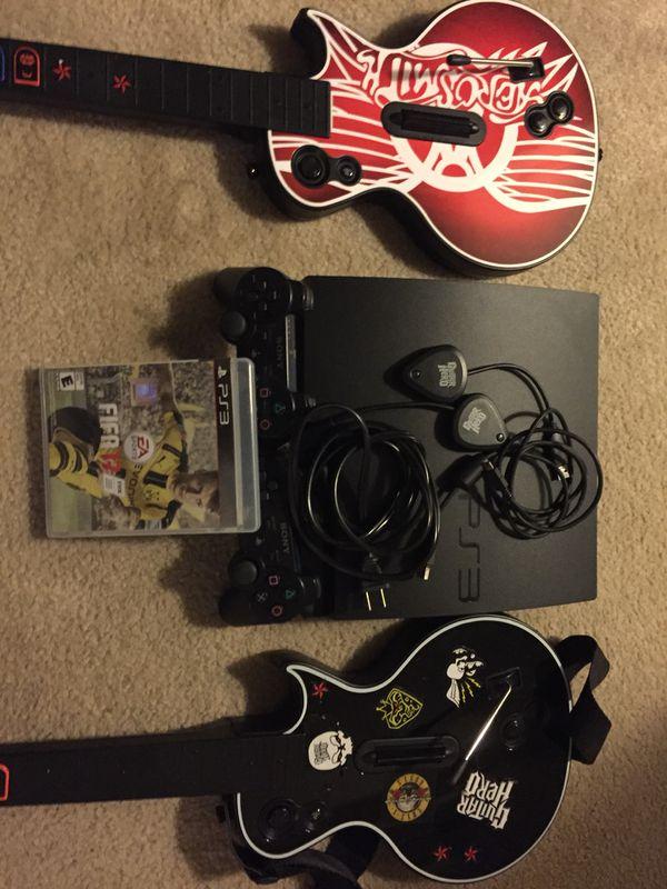 PS3 Play Station 3    2 Guitar + Bundles + Game
